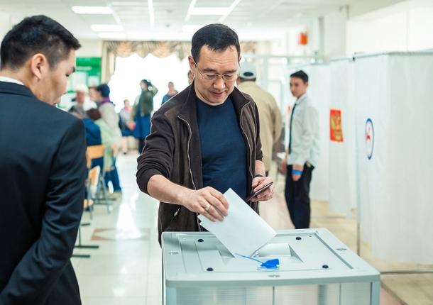 Глава Якутска поучаствовал в предварительном голосовании